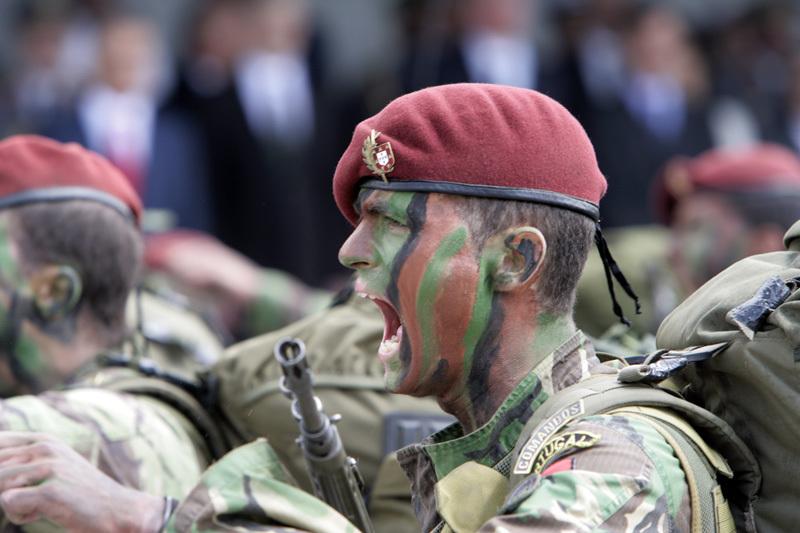 Os COMANDOS são uma unidade de forças especiais do Exército Português.O seu  lema é