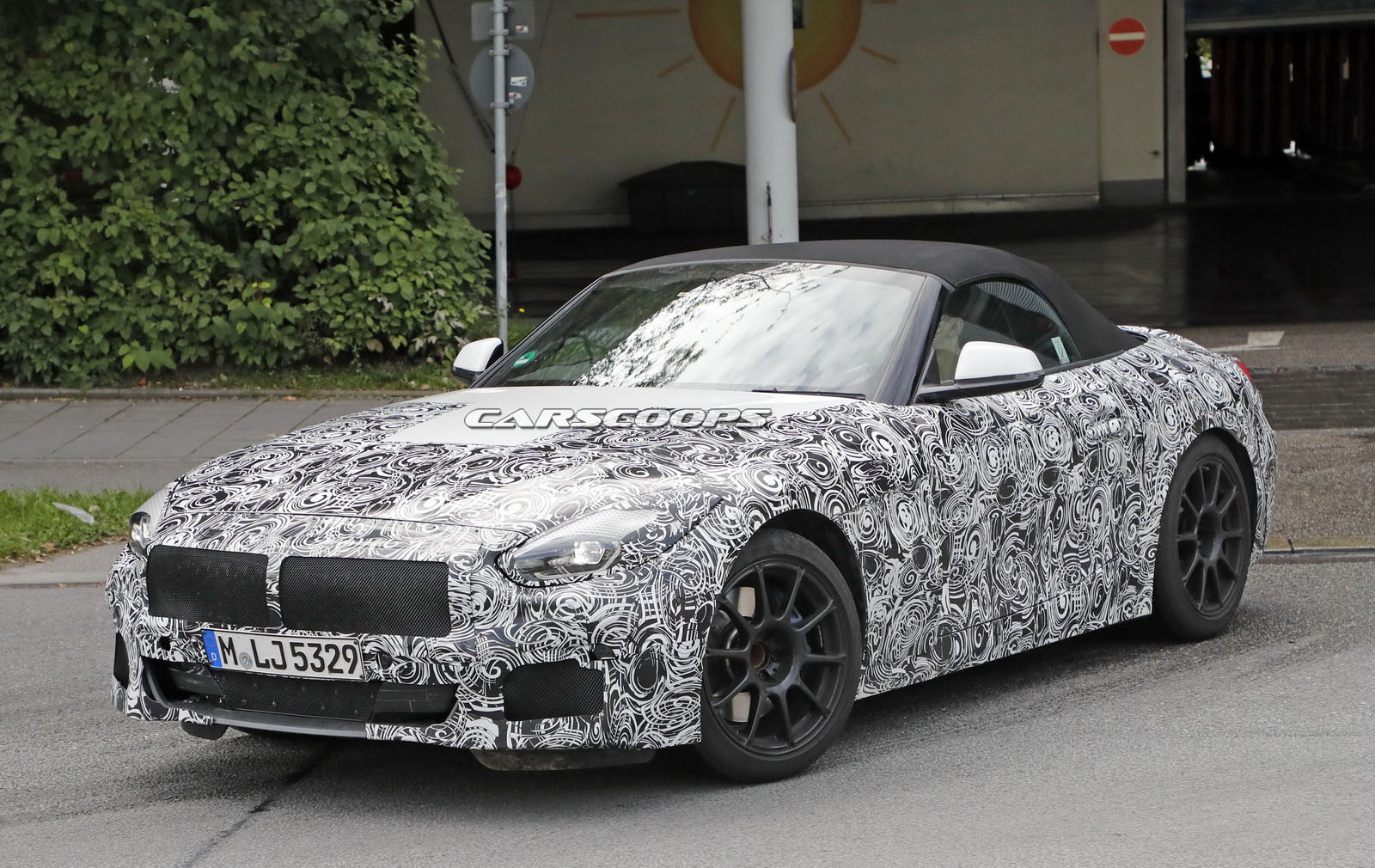 2019 Bmw Z4 With Production Lights Stays Close To The Concept