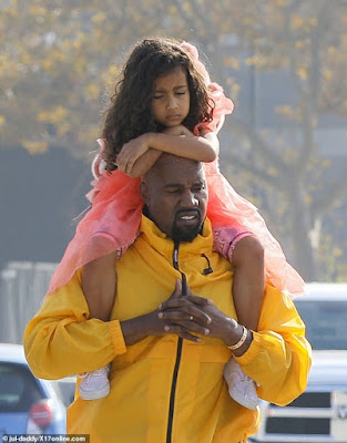 Kanye West And North Share Beautiful Daddy-daughter Time During Museum Tour.