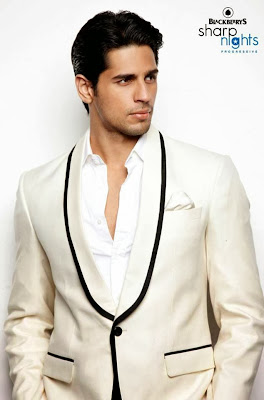 Sidharth , Abhay, Aditya will walk the ramp for Blackberry