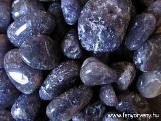 Kristálygyógyászat/Gyógyító kövek: Iolit