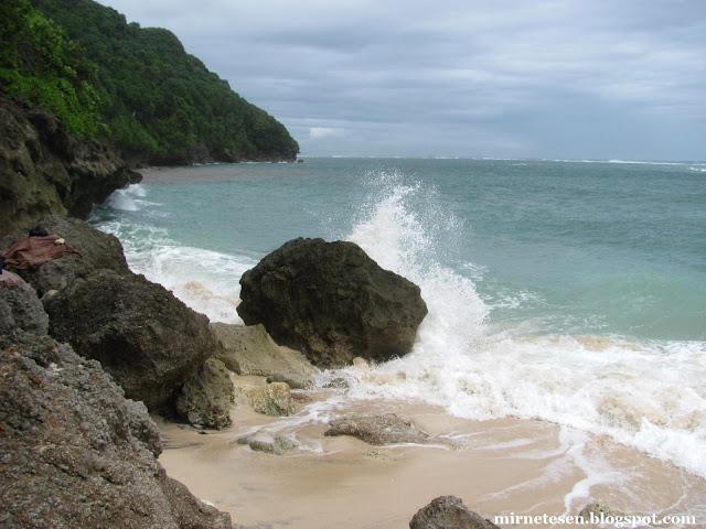 Пляж Зелёная Чаша, Бали