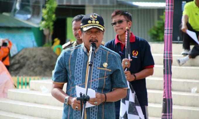 Bupati Soppeng Lepas Gerak Jalan Indah HUT DWP ke-18