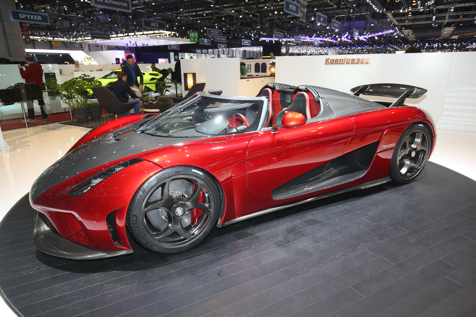 koenigsegg s first customer regeras look absolutely mega in the flesh. Black Bedroom Furniture Sets. Home Design Ideas