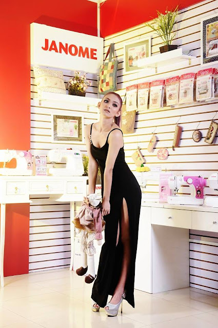 Attractive Model Girl- Dolly Myat Noe with black outfit