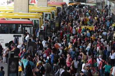 Justiça vai avaliar licitação dos ônibus e pode anular concorrência pública