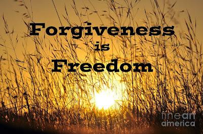 http://2.bp.blogspot.com/-_yYcsLhVRGU/VTFOICFSgAI/AAAAAAAAET0/7gVYEWNE_ms/s1600/forgivenessisfreedom.jpg