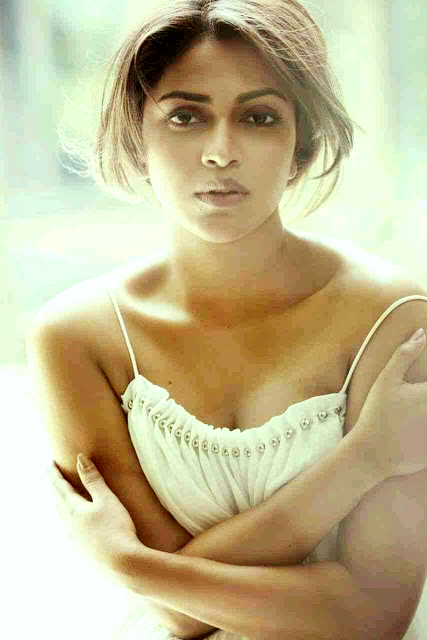 Actress Amala Paul H0t Stills