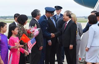 1.. chuyến đi của thủ tướng Nguyễn Xuân Phúc(NBG)2..đại họa`Hồng vệ binh VN' (VT Hảo)3.Trump mạnh tay với T.Q ở Biển Đông-