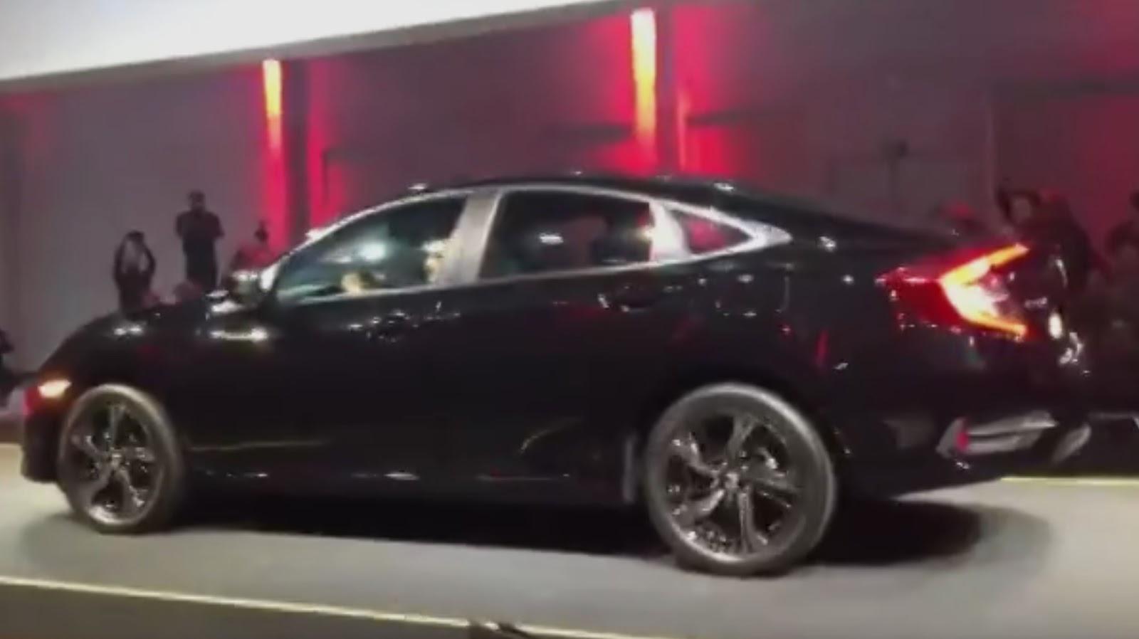 Novo Honda Civic 2017 Sport 2.0 CVT - Brasil
