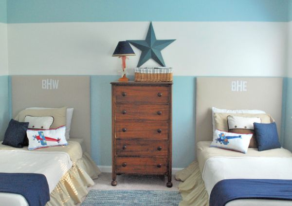 غرفة نوم اطفال سريرين لون ازرق