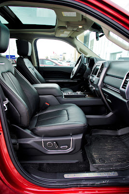 2019 Ford Expedition Platinum cabin