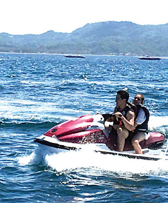 Together riding the jet ski