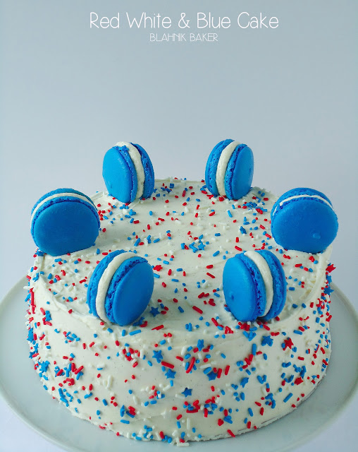red white and blue cake (vanilla cake)