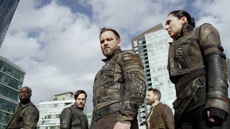 Super soldiers from 2039 invade in Continuum