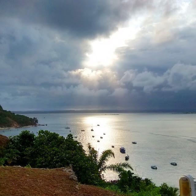 Pôr do Sol da Toca do Morcego - Morro de São Paulo - Bahia - Brasil - Praia, festa, balada, sol, por do sol, dj, música eletrônica
