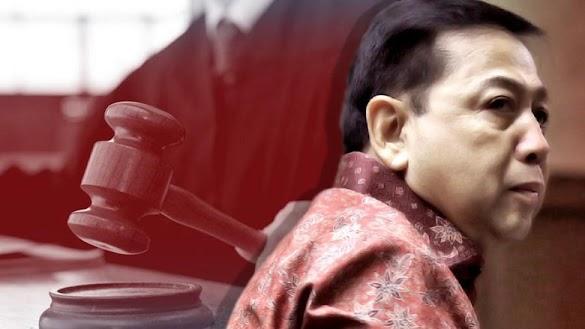 Divonis 15 Tahun Penjara, Novanto Lesu, Istrinya Menangis