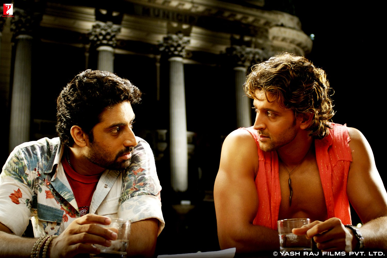 Dhoom 2 2006 Full Movie Watch in HD Online for Free - #1 ...