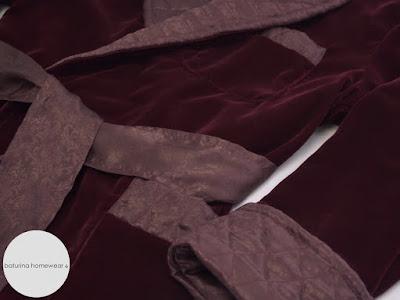 Mens english velvet dressing gown luxury classic burgundy red robe.