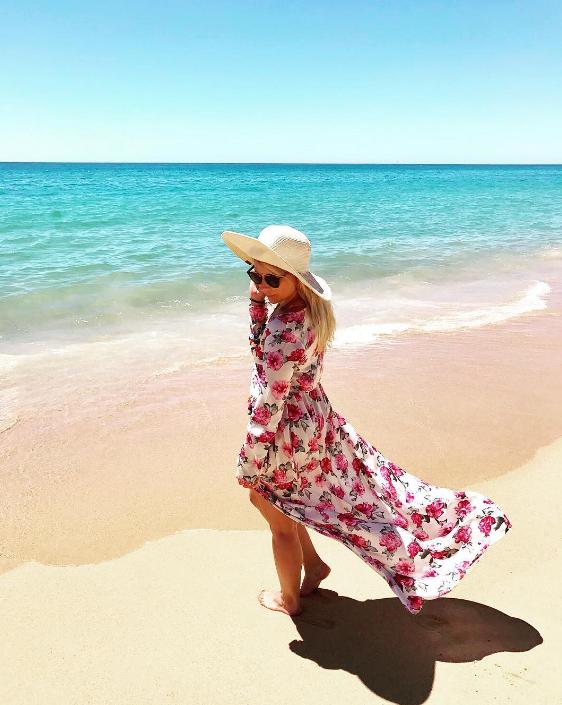 beach-boob-jussi