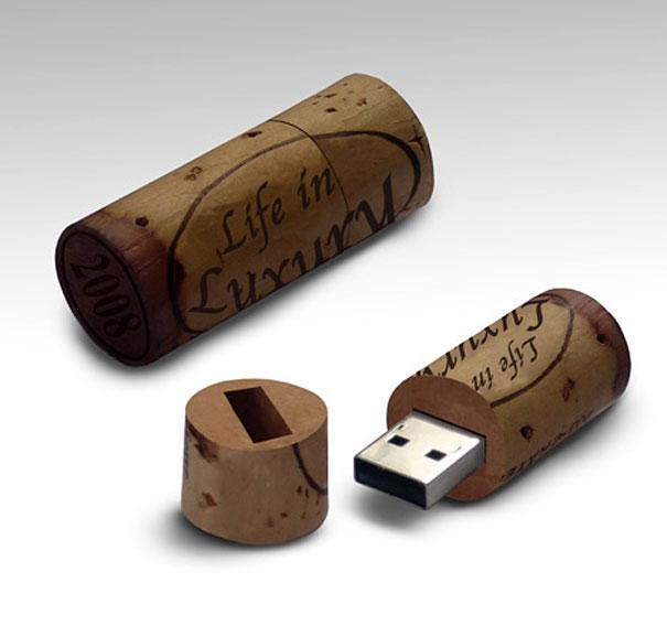 Wine stopper USB Memory stick