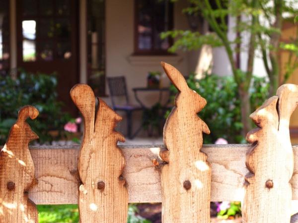 Dishfunctional Designs Picket Fences Salvaged Amp Repurposed