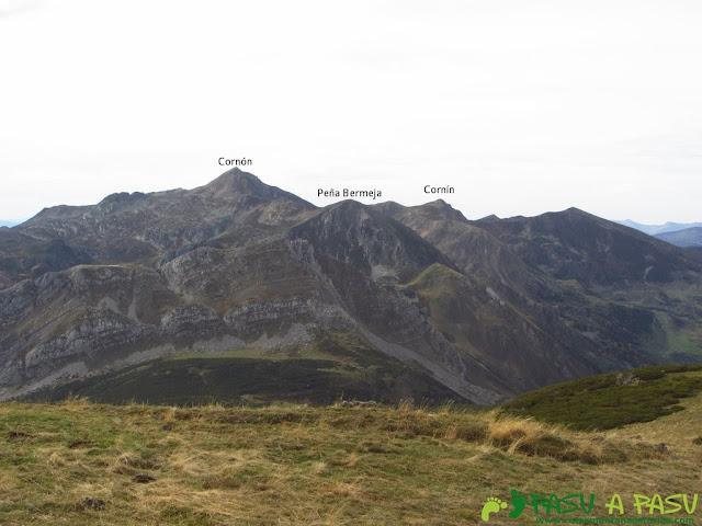 Vista del Cornón desde el Pico Mocoso