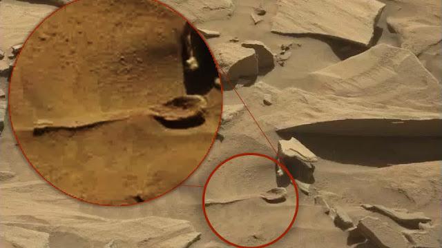Cazadores de ovnis detectan un 'utensilio cotidiano' en Marte en unas fotos de la NASA