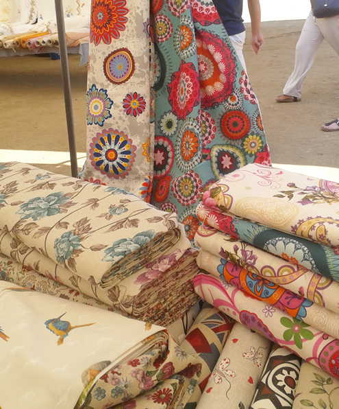 Fabric shopping in Evora, Alentejo | Happy in Red