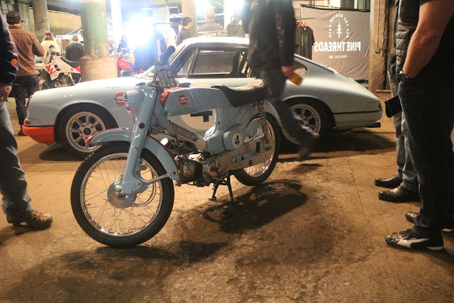 the one moto show number 9 custom build motorcycle gulf oil porsche