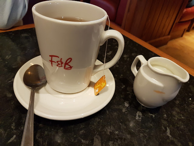 Frankie and Benny's free refillable hot drink