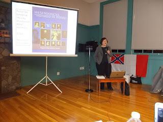 Dr. Ann Hardy Beardshall während der Präsentation ihres Buches vor Historikern