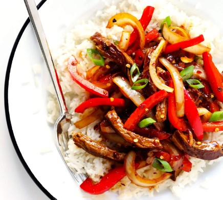 SIZZLIN' SPICY SZECHUAN STIR-FRY, DELICIOUS SIZZLIN' SPICY SZECHUAN STIR-FRY