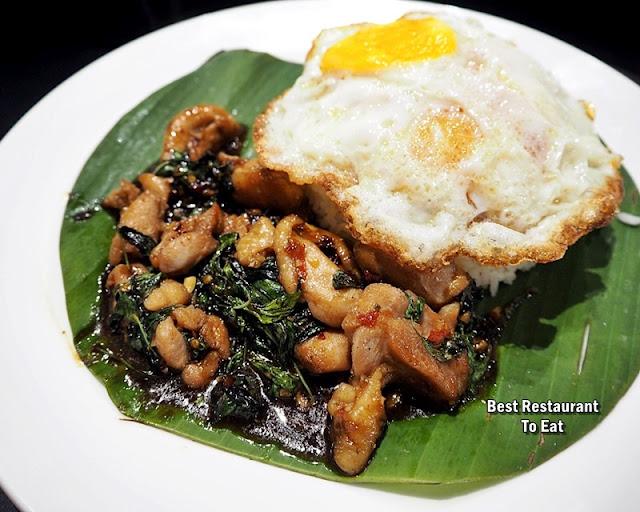 Pad Ka Pow - Stir-Fried Basil - Chicken