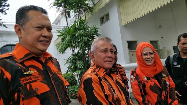 Ketemu Jokowi di Istana, Pemuda Pancasila Tegaskan Tak Dukung Kedua Capres