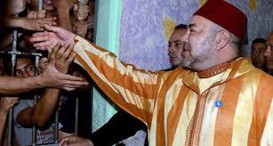 Le roi du Maroc était en visite dans une prison de Casablanca pour inaugurer un programme de réinsertion.