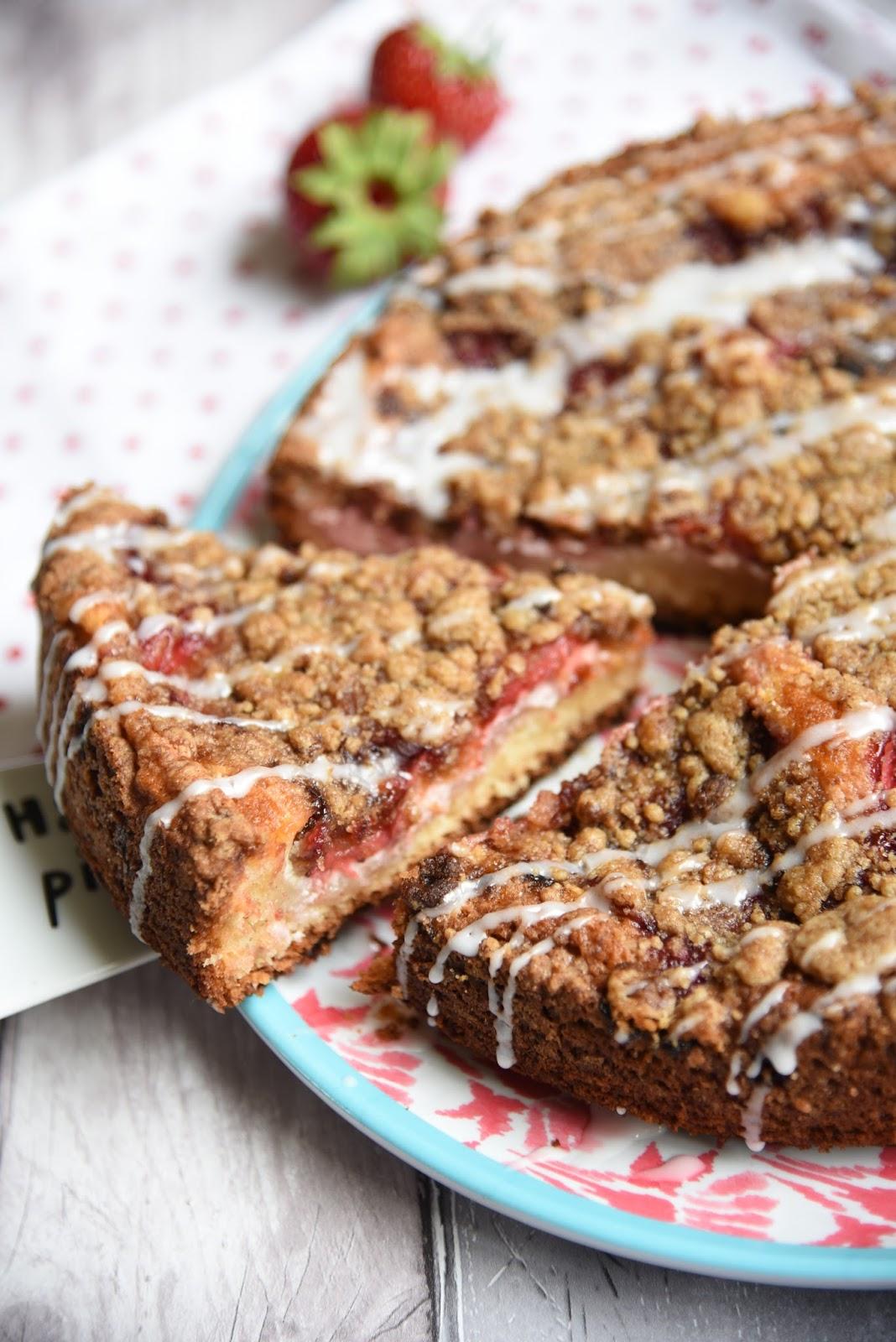 strawberries and cream crumb cake recipe