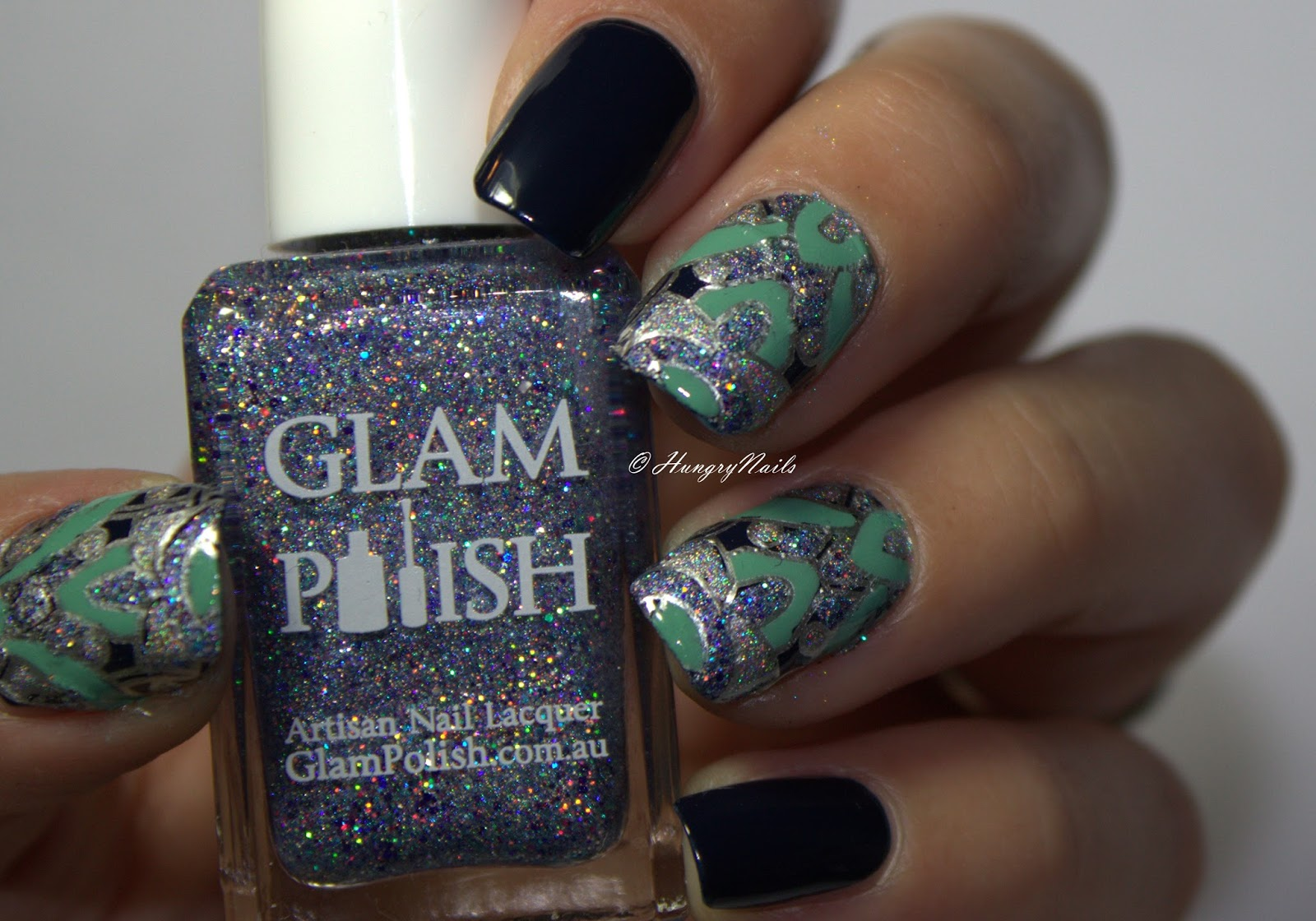 http://hungrynails.blogspot.de/2016/10/blue-friday-spezial-reverse-stamping.html