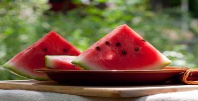 Apakah Benar Semangka Mempunyai Efek Seperti Viagra?, berikut ini adalah manfaat dari buah semangka