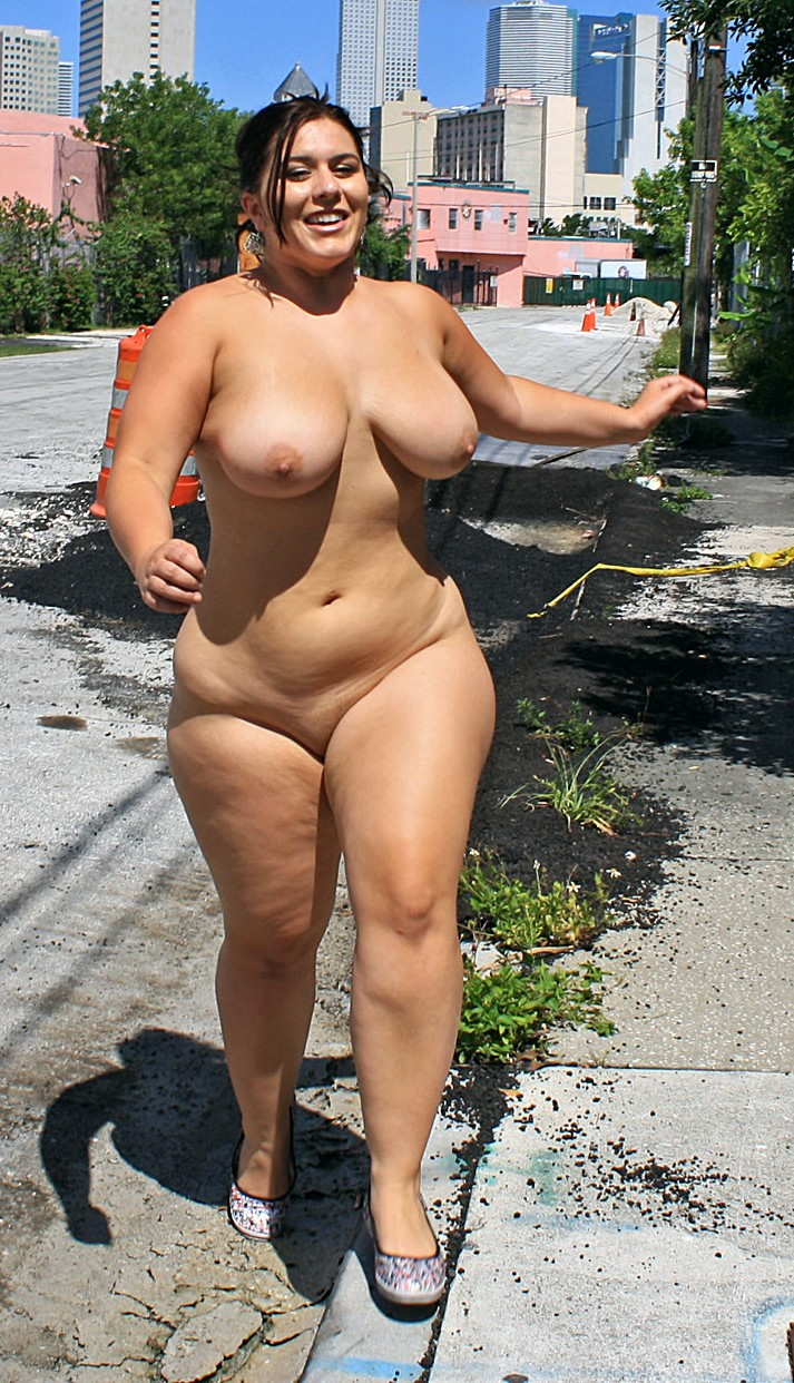 Are chubby girls nude in public apologise