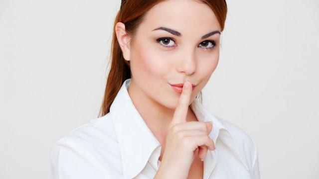 lo que no debes contar a tus amigos  sobre tu relacion 7 reglas