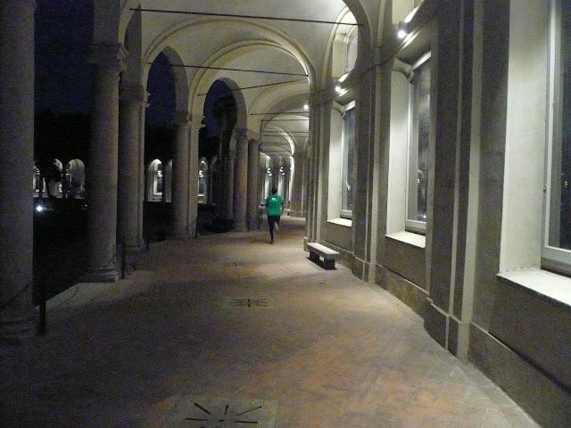 Halloween-Rotonda-Besana-Milano-Folle-di-corsa