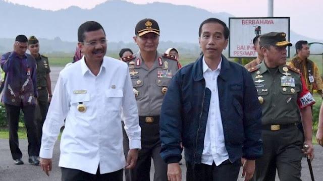 Jokowi Tiba di Bandara Ferdinand Tobing, Ini Agenda Kerja Presiden di Sumut