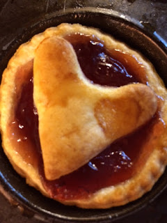Baked heart tart