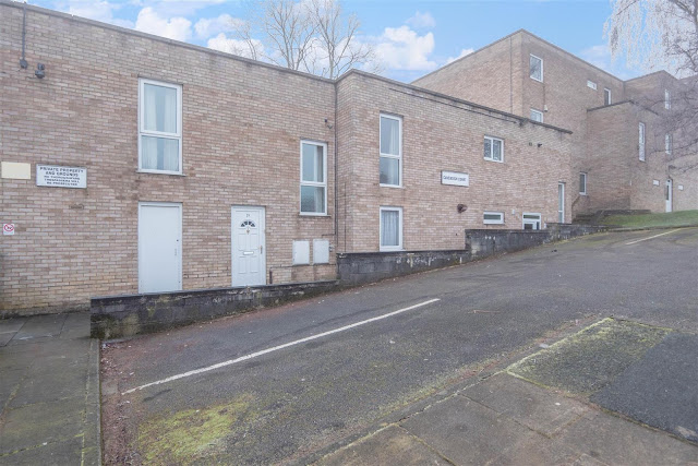 This Is Bradford Property - 1 bed flat for sale Park Road, Eccleshill, Bradford BD10