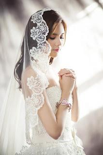 Penafsiran Arti Mimpi Menikah Dengan Ustad