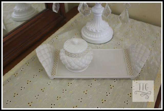 vintage Avon dresser set.