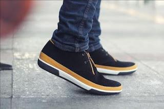 Model Sepatu Sepatu Pria Terbaru yang Nyaman dan Murah di Kantong
