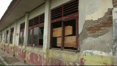 Karawang Butuhkan Dana Pusat & Swasta Untuk Bangun Sekolah Rusak