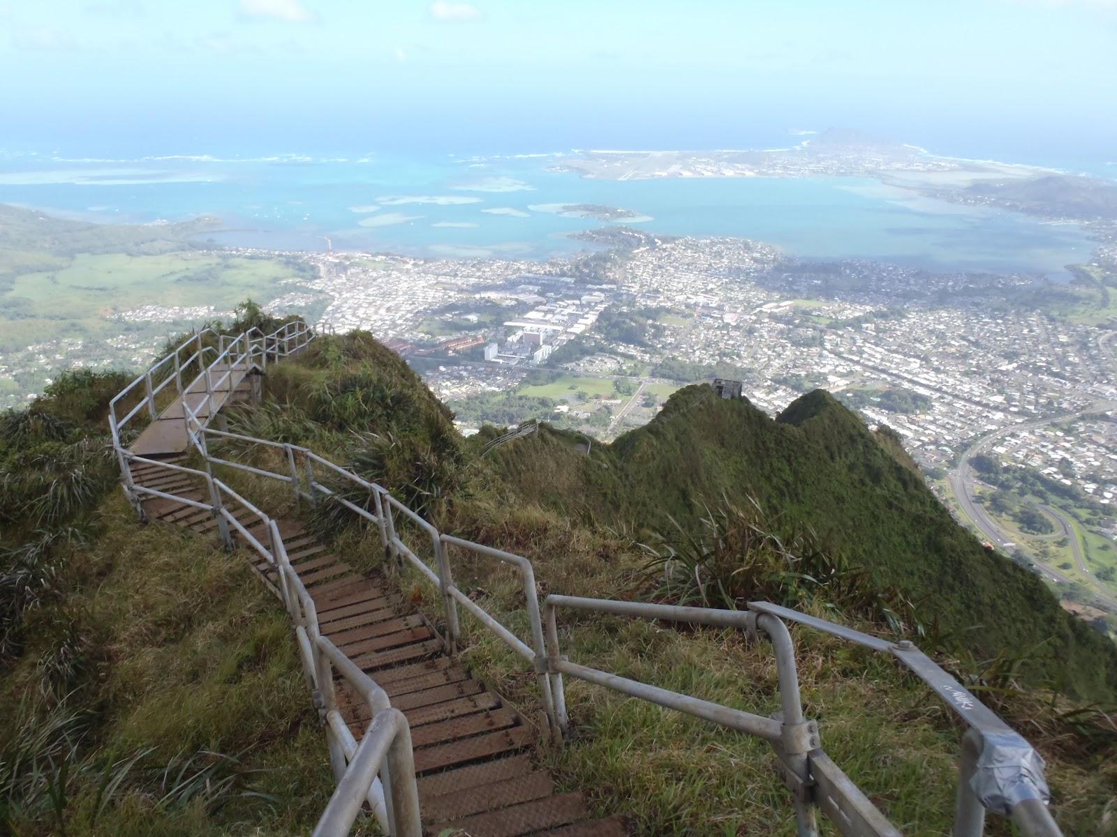 هايكو السلالم الصاعدة إلى السماء stairway-to-heaven2.